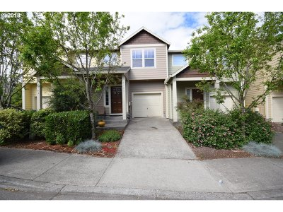 Hillsboro, Beaverton, Tigard Condo/Townhouse For Sale: 7147 SW Lorna Ter