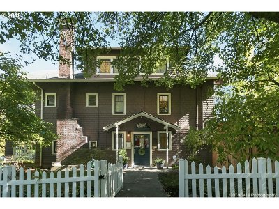 Single Family Home For Sale: 7006 SW Virginia Ave