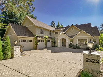Lake Oswego Single Family Home For Sale: 2322 Knaus Rd