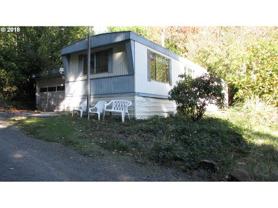Gold Beach OR Single Family Home For Sale: $85,000