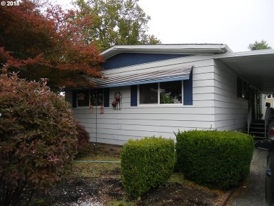 Eugene Single Family Home For Sale: 4800 Barger Dr Space 49