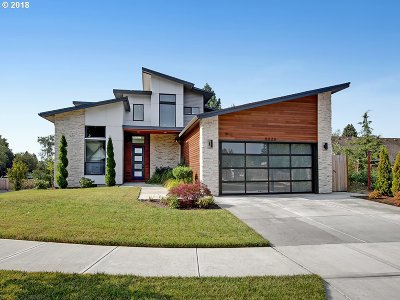 Tigard Single Family Home For Sale: 8026 Barnum St