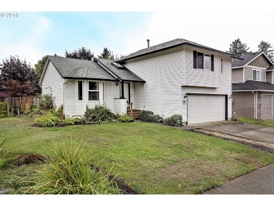 Troutdale Single Family Home For Sale: 2107 SW Stella Way
