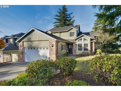 Multnomah County Single Family Home For Sale: 8050 SE 140th Dr