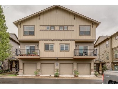 Hillsboro, Cornelius, Forest Grove Condo/Townhouse For Sale: 654 NW Newstead Ter