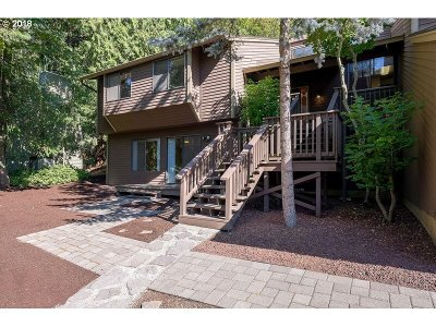 Tigard Single Family Home For Sale: 6735 SW Ventura Dr