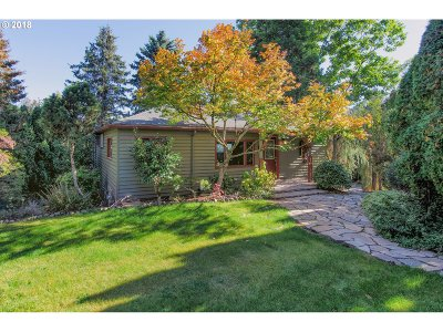 Single Family Home For Sale: 10030 NW Thompson Rd