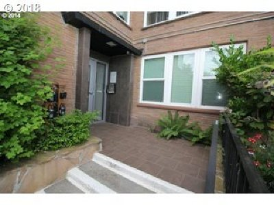 Condo/Townhouse For Sale: 1205 SW Cardinell Dr #510