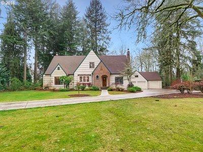 Hillsboro Single Family Home For Sale: 957 NE 3rd Ave