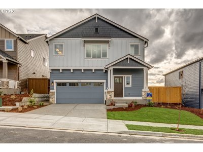 Single Family Home For Sale: 7459 NW Oakfern Dr