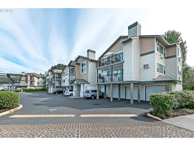 Beaverton Condo/Townhouse For Sale: 740 NW 185th Ave #306