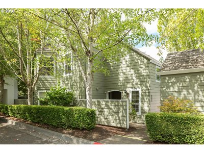 Wilsonville Condo/Townhouse Bumpable Buyer: 8745 SW Curry Dr