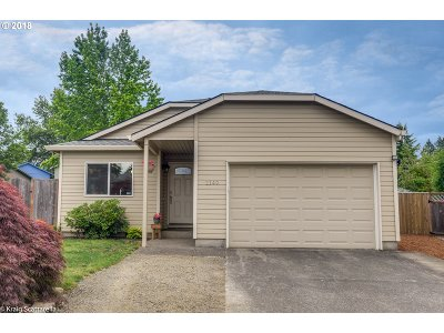 Beaverton Single Family Home For Sale: 2149 SW 217th Pl