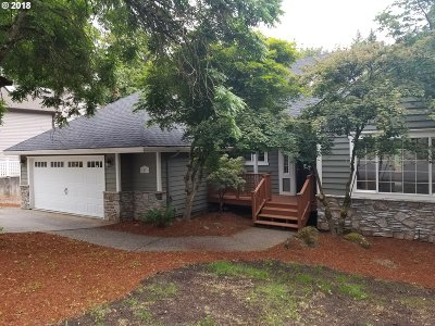 West Linn Single Family Home For Sale: 1031 Snidow Dr