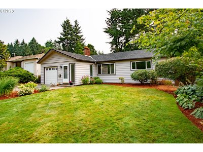 Beaverton Single Family Home For Sale: 2820 SW 119th Ave