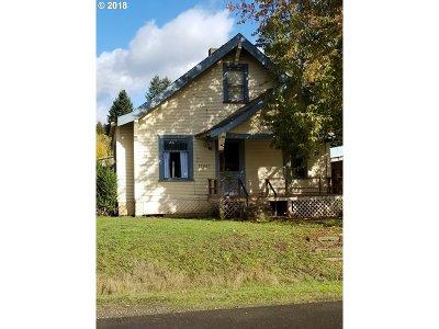 Gaston Single Family Home For Sale: 55085 SW Lovegren Dr