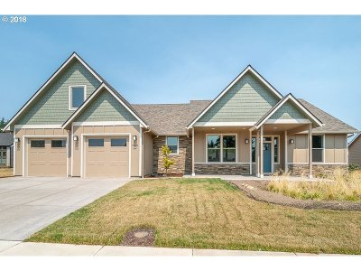 Stayton Single Family Home For Sale: 749 Rabbit Run St