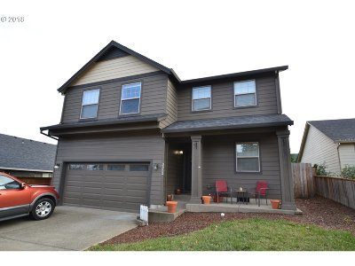 Mcminnville Single Family Home For Sale: 3352 Daffodil Dr