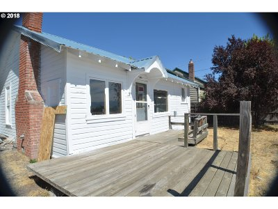 Grant County Single Family Home For Sale: 528 Front St