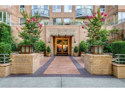 Condo/Townhouse For Sale: 1132 SW 19th Ave #405