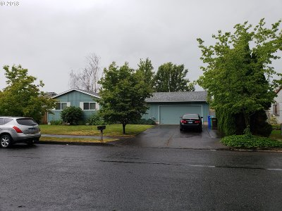 Gresham, Troutdale, Fairview Single Family Home For Sale: 2713 NE Hale Ave