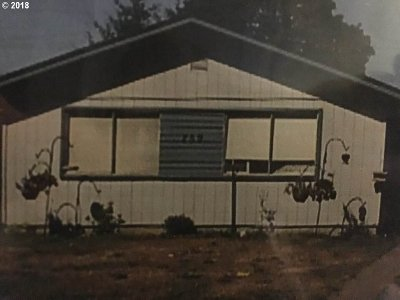 Cowlitz County Single Family Home For Sale: 259 17th Ave