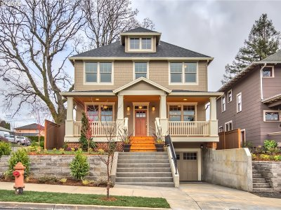 Single Family Home For Sale: 6738 N Mohawk Ave