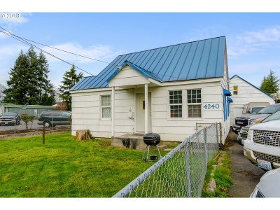 Cowlitz County Multi Family Home For Sale: 6 Totem Ln