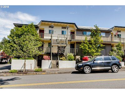 Eugene Condo/Townhouse For Sale: 4023 Donald St #J