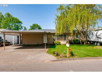 Single Family Home For Sale: 2211 SE 181st Ave