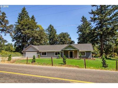 Junction City Single Family Home For Sale: 95803 Howard Ln