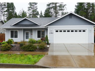 Florence OR Single Family Home For Sale: $267,500
