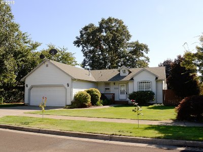 Stayton Single Family Home Sold: 1542 Hummingbird Ln