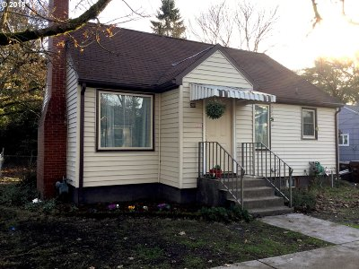 Gladstone Single Family Home For Sale: 205 W Gloucester St