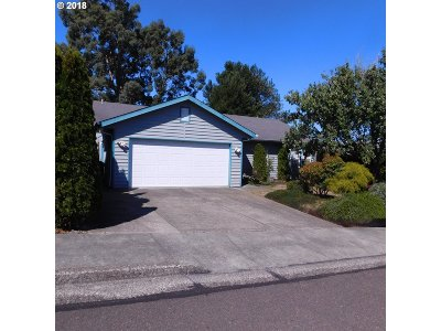 North Bend Single Family Home For Sale: 1910 Garfield St