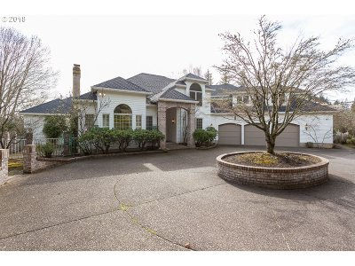 Lake Oswego Single Family Home For Sale: 1925 Childs Rd