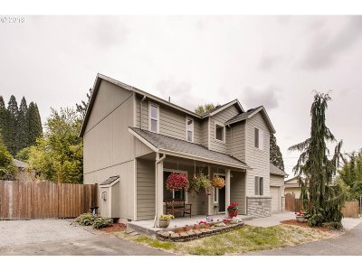 Gresham, Troutdale, Fairview Single Family Home For Sale: 4549 SE Powell Valley Rd