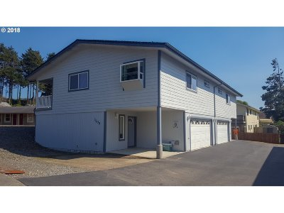 Brookings Condo/Townhouse For Sale: 1309 A Ransom Ave #A