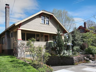 Portland Single Family Home For Sale: 1736 SE 45th Ave