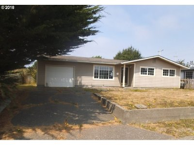 Coos Bay Single Family Home For Sale: 960 Garfield Ave
