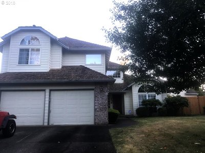 Wilsonville Single Family Home For Sale: 6860 SW Fernbrook Ct