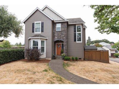 Oregon City Single Family Home For Sale: 19353 McDowell Ln