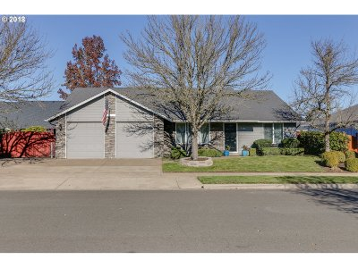 Eugene Single Family Home For Sale: 1333 Zinfandel Ln