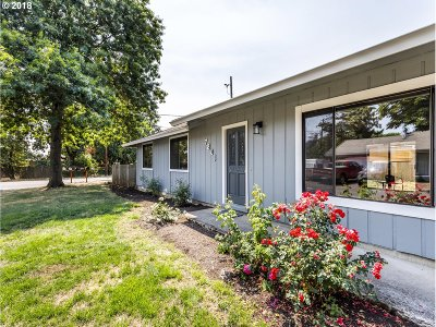 Portland Single Family Home For Sale: 7801 SE Crystal Springs Blvd