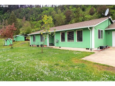 Oakland Single Family Home For Sale: 15246 Old Highway 99 North