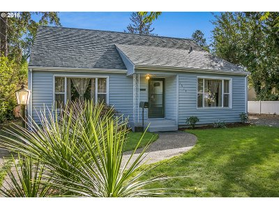 Forest Grove Single Family Home For Sale: 2624 17th Ave