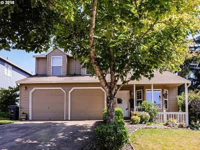 Single Family Home For Sale: 20820 SW Celebrity Ln
