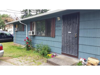 Portland Multi Family Home For Sale: 18824 SE Yamhill St