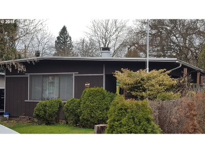 Beaverton Single Family Home For Sale: 235 SW 131st Ave