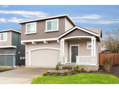 Happy Valley, Clackamas Single Family Home For Sale: 15654 SE Oriole Ln